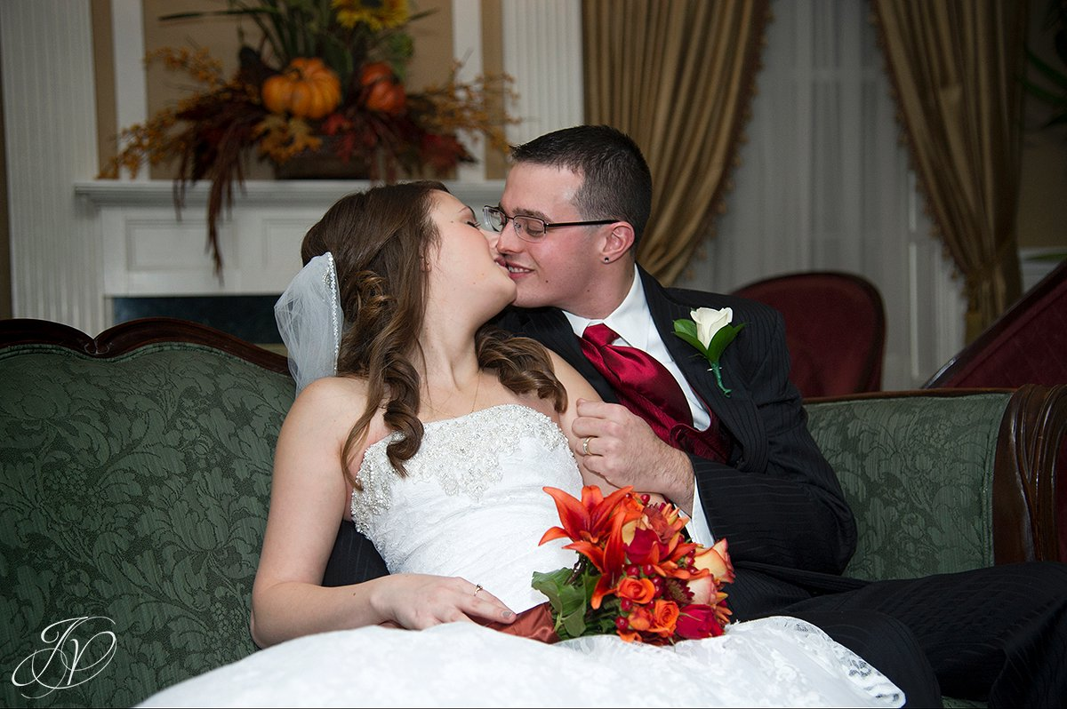 first kiss photo, Schenectady Wedding Photographer, wedding ceremony stockade inn, The Stockade Inn