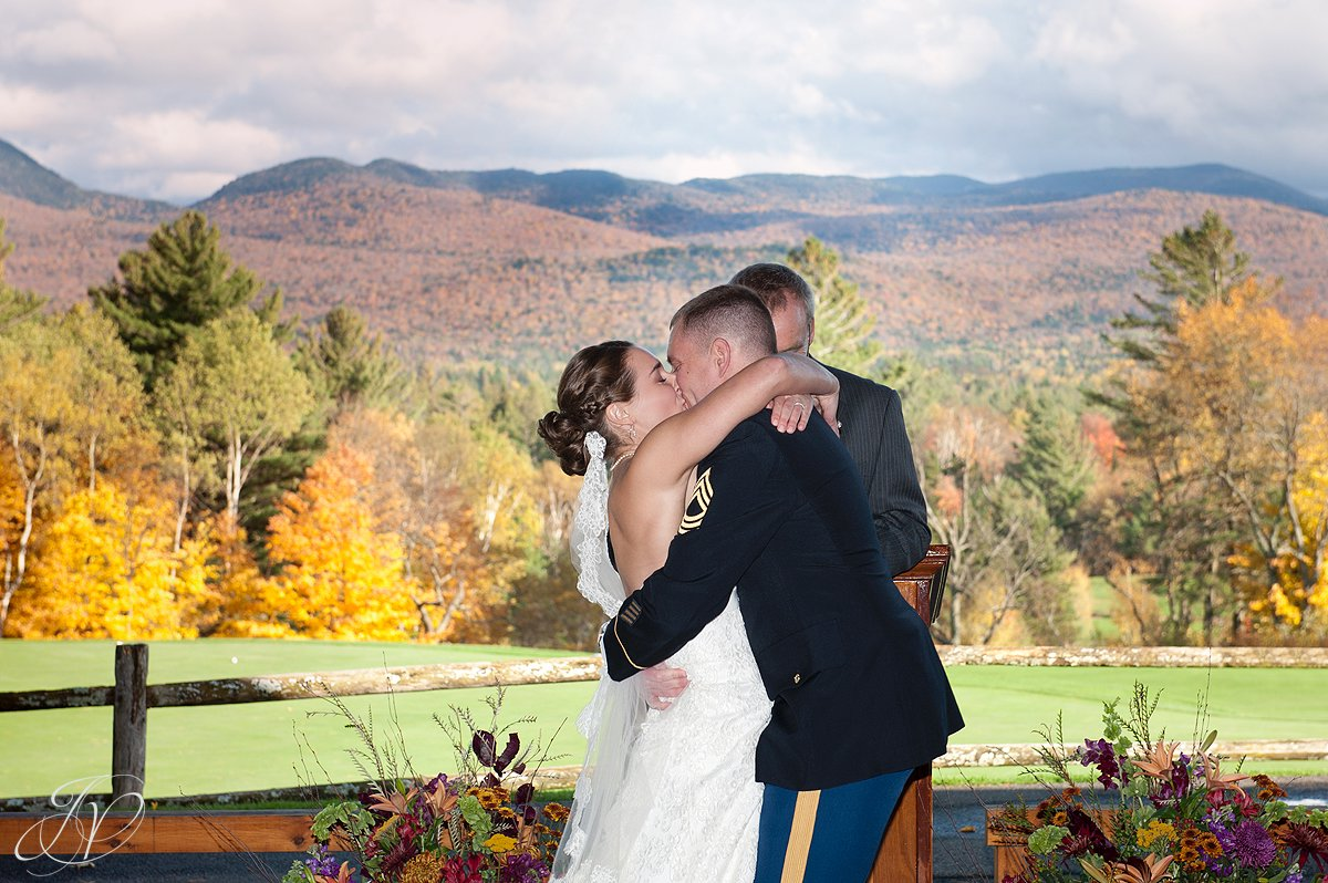 first kiss photo, bride and groom at alter, wedding at lake placid club, Lake Placid Wedding Photographer, lake placid wedding, Wedding at the Lake Placid Crowne Plaza