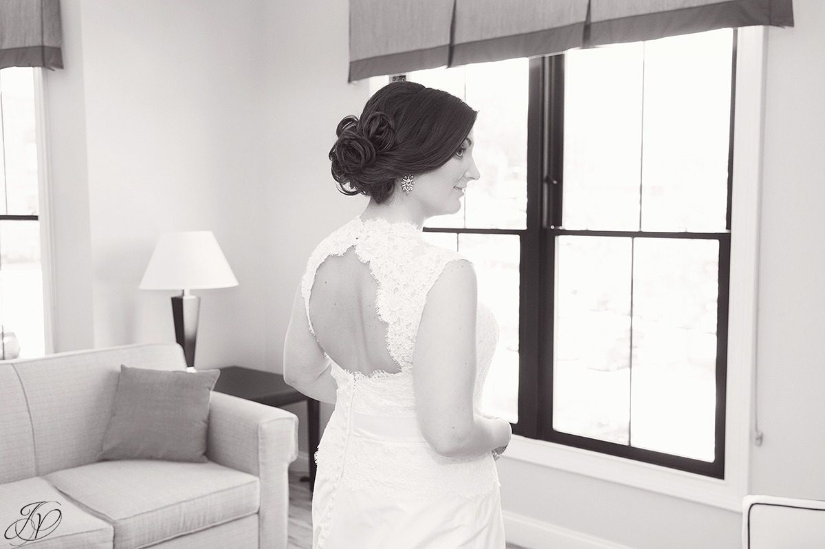 black and white bridal portrait, jessica painter photography
