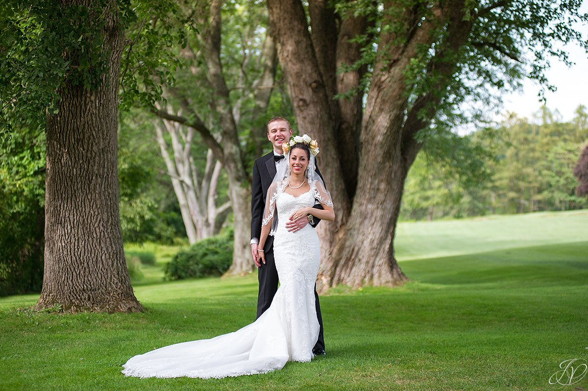 bride and groom classic normanside country club
