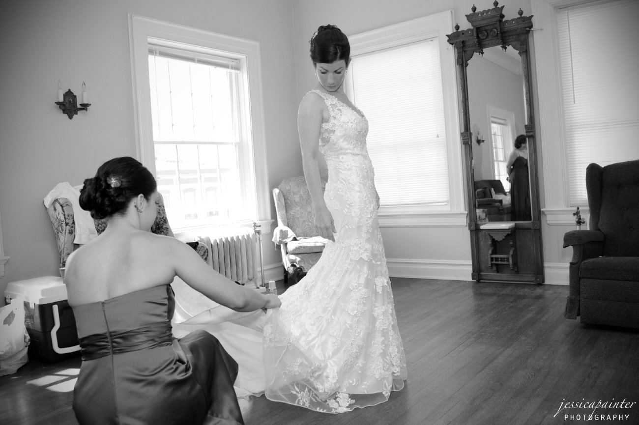 wedding dress photo, brides dress photo, albany wedding photographer