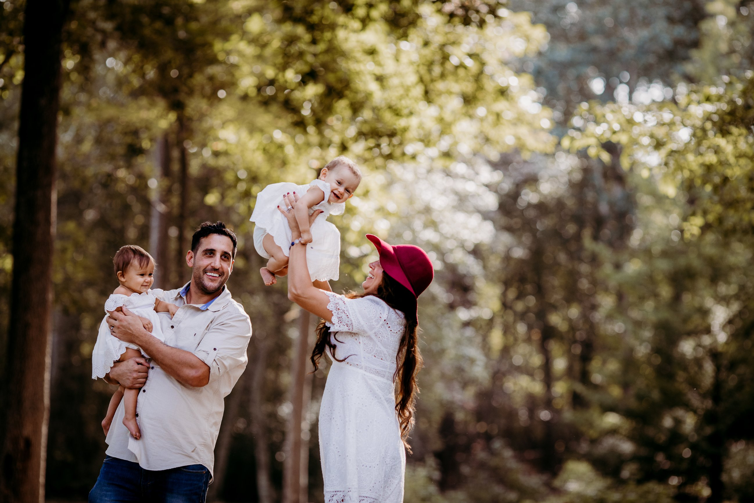 Lets face it family photo sessions can be challenging for not only the family but sometimes the photographer as well