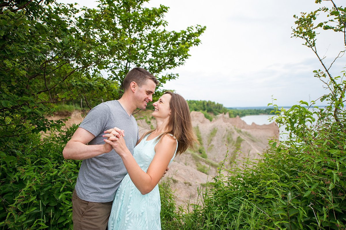engagement photos in nature