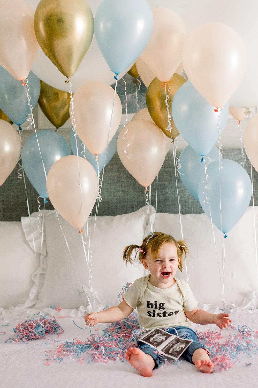 big sister announcement, pregnancy announcement, cute pregnancy announcement, Rya Duncklee